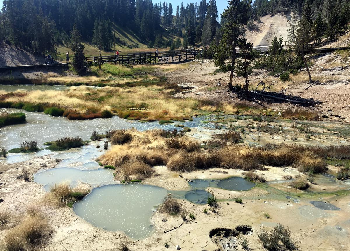 Park Narodowy Yellowstone-Gorące źródła