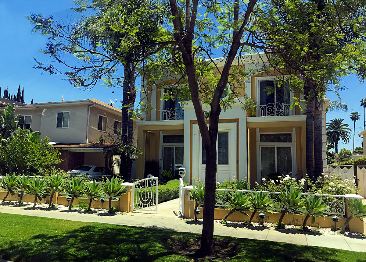 House at Beverly Hills