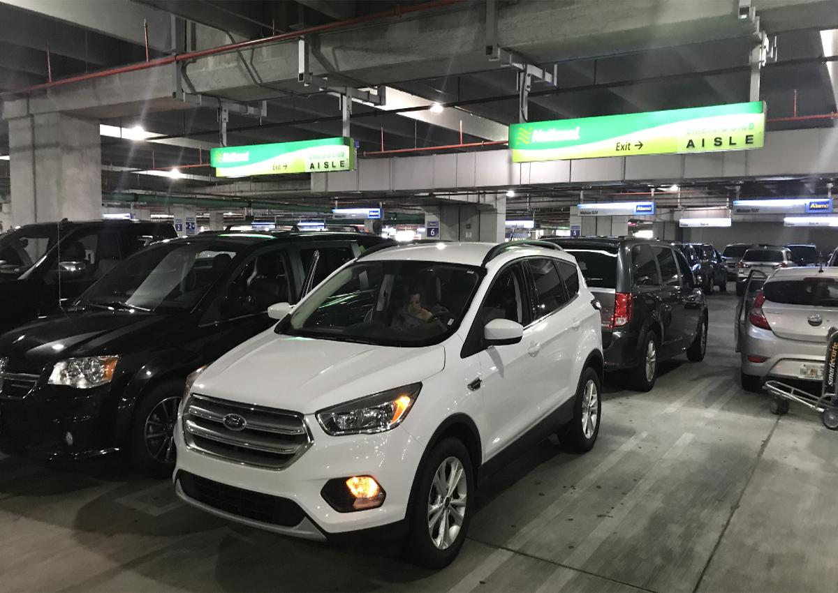 car renting USA-National Emerald Aisle
