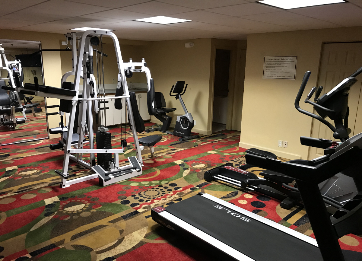 Motels USA-Typical Motel fitness center in the USA
