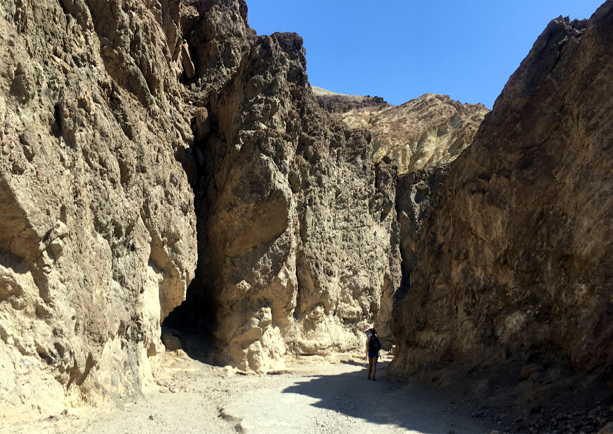 Death Valley-Golden Canyon